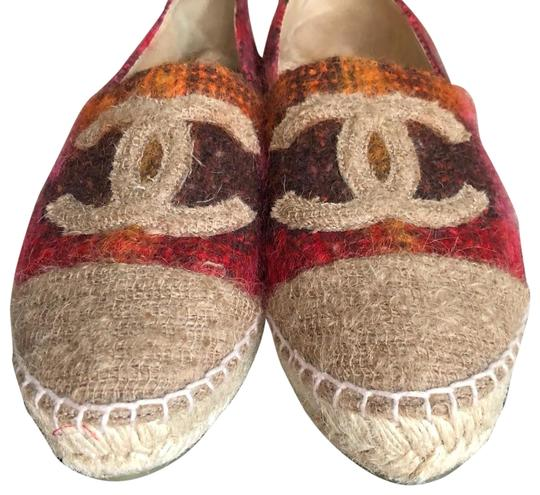 Preload https://img-static.tradesy.com/item/24271570/chanel-multi-color-tweed-espadrilles-flats-size-us-8-regular-m-b-0-3-540-540.jpg