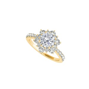DesignerByVeronica Cubic Zirconia Flower Shape Ring in 14K Yellow Gold