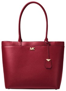 Michael Kors Leather 30t8gn2t3l Tote in Maroon