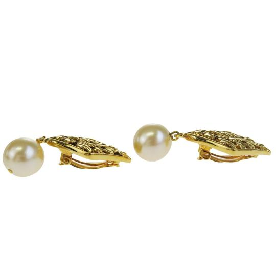 Chanel CHANEL CC Logos Imitation Pearl Earrings Gold-tone Clip-On France