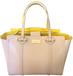 Kate Spade Tote in Light Beige/Yellow Interior