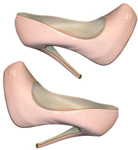 Truth or Dare by Madonna Soft Pink Pumps