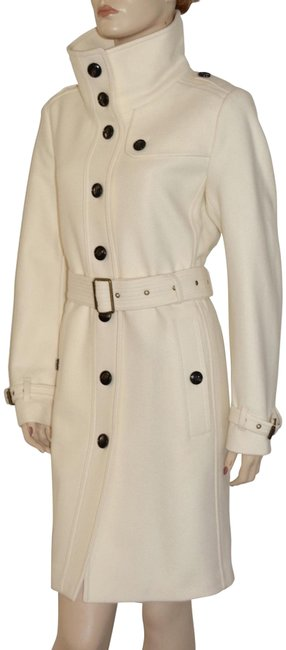 Preload https://img-static.tradesy.com/item/24274053/burberry-white-womens-rushfield-wool-blend-jacket-us-eu-40-coat-size-6-s-0-3-650-650.jpg
