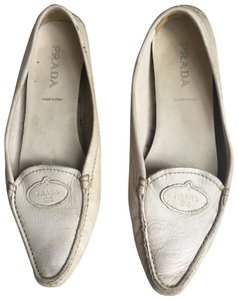 f3b33c9365a3b Women s White Prada Shoes - Up to 90% off at Tradesy