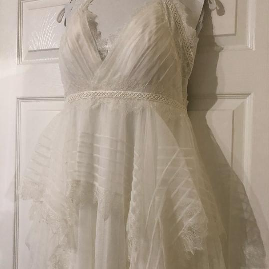 Watters & Watters Bridal Off White Lace Jewel Net A-line Gown (Willowby Feminine Wedding Dress Size 10 (M) Image 2