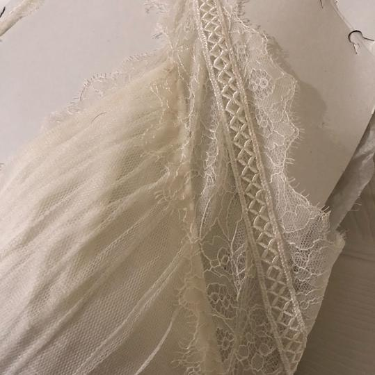 Watters & Watters Bridal Off White Lace Jewel Net A-line Gown (Willowby Feminine Wedding Dress Size 10 (M) Image 4