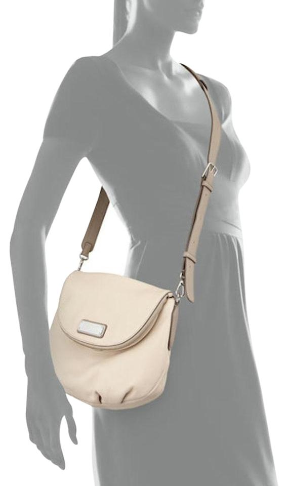 16d564866332 Marc by Marc Jacobs Leather Q Natasha Beige Messenger Cross Body Bag Image  0 ...