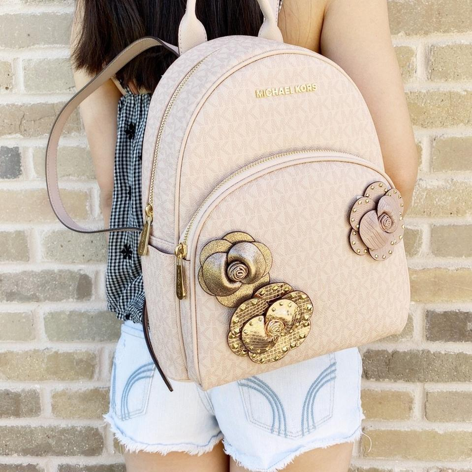 25556e266518f7 Michael Kors Abbey Floral New With Tags Backpack Image 11. 123456789101112