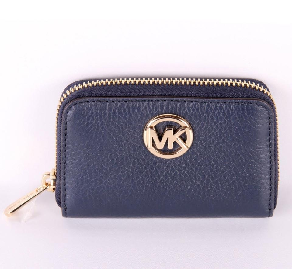 1ba2386bf8bb54 Michael Kors Michael Kors FULTON Leather Zip Around Coin Card Case Mini  Wallet Image 8. 123456789