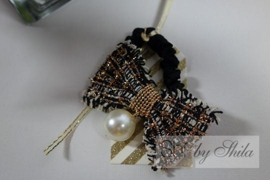 Shiekh Multi Coclor tweed Bow hairband with a pearl Image 1
