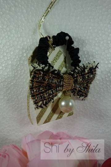 Shiekh Multi Coclor tweed Bow hairband with a pearl Image 5