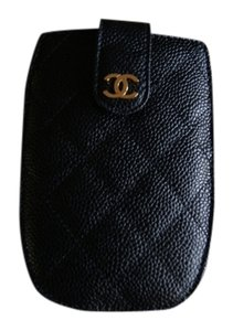 Chanel CHANEL Gold CC Card Phone Case Wallet in Classic Black Caviar Leather