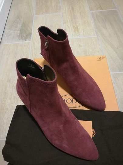 Tod's Burgundy Boots Image 1