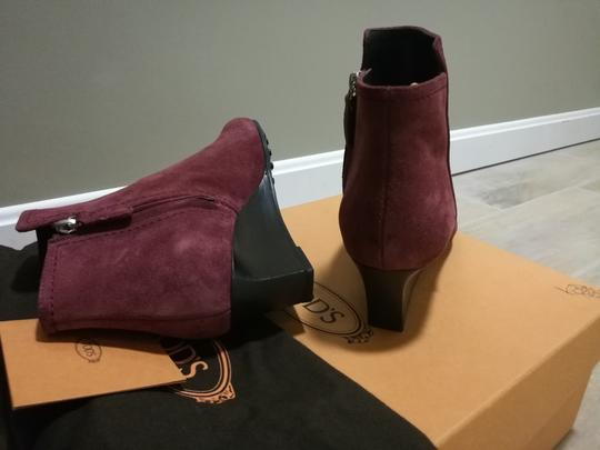 Tod's Burgundy Boots Image 4