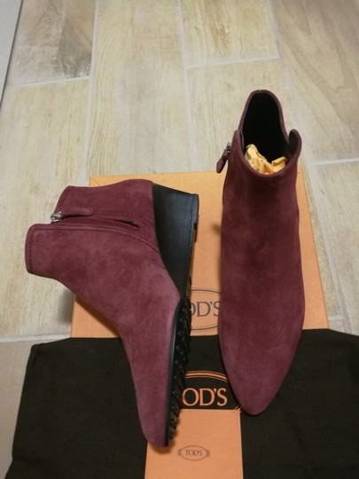 Tod's Burgundy Boots Image 6