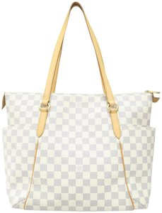 Louis Vuitton Lv Totally Canvas Damier Shoulder Bag