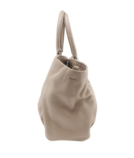 Marc Jacobs Leather Shoulder Bag Image 2