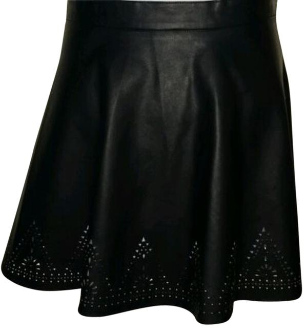 Preload https://img-static.tradesy.com/item/2427742/chelsea-and-violet-black-with-cut-out-knee-length-skirt-size-14-l-34-0-0-650-650.jpg