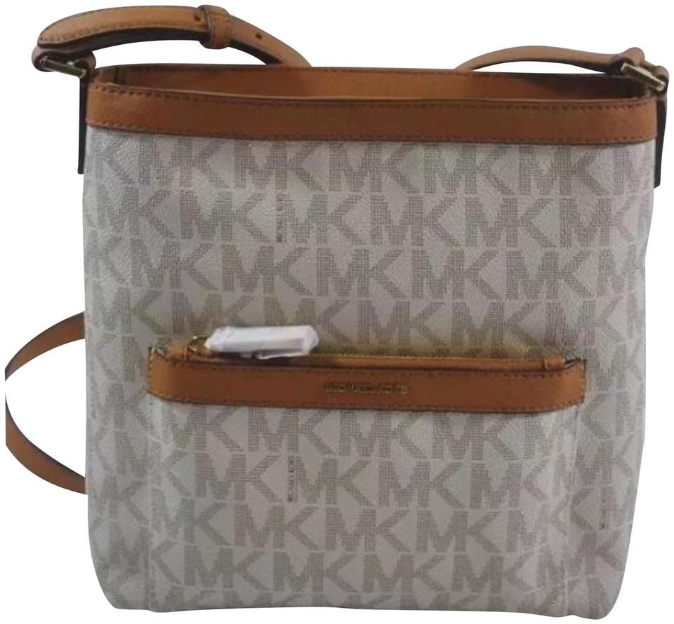 fae26dc4b4aa Michael Kors Morgan Medium Top Zip Crossbody Vanilla Pvc Weekend/Travel Bag