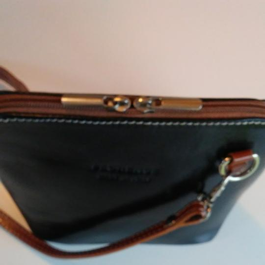 FLORENCE Dual Zipper Leather Made In Italy Cross Body Bag Image 3