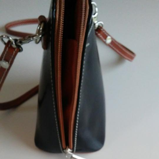 FLORENCE Dual Zipper Leather Made In Italy Cross Body Bag Image 5