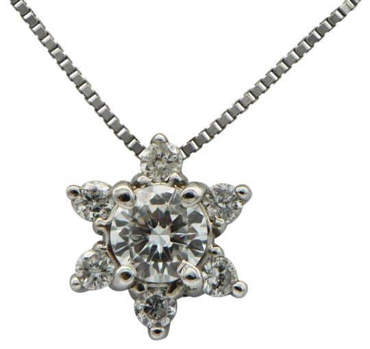Preload https://img-static.tradesy.com/item/24277900/diamond-and-white-gold-halo-pendant-with-chain-necklace-0-3-540-540.jpg