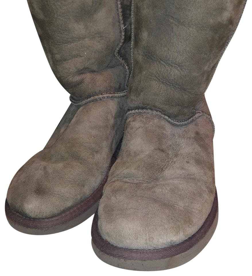 c35ccc30ed37 UGG Australia Grey Boots Booties Size US 7.5 Regular (M