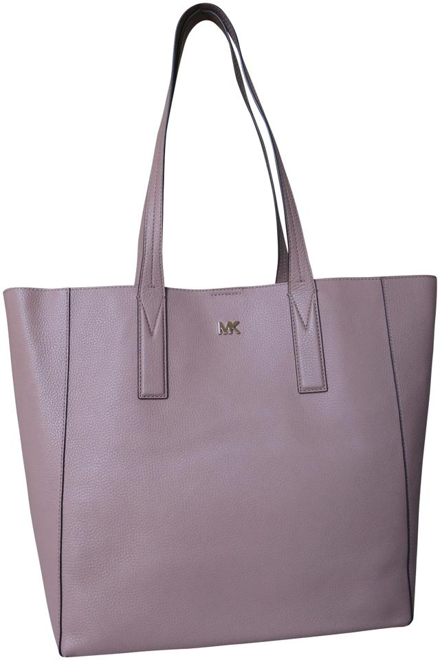 a7af58f8d06c Michael Kors Mk Signature Pebbled Leather Large Gold-tone Hardware Tote in  Fawn Image 0 ...