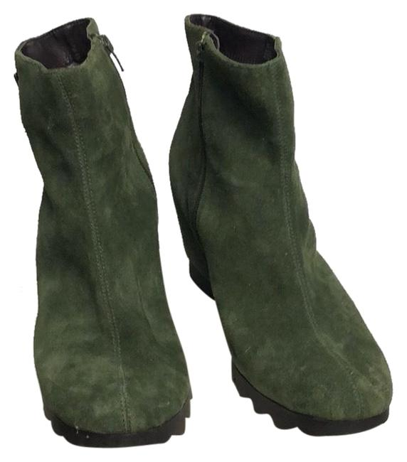 Item - Boots/Booties Size US 12 Wide (C, D)