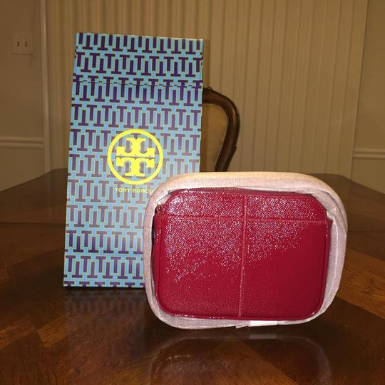 Tory Burch Ivy Micro Patent Leather Cross Body Bag Image 2
