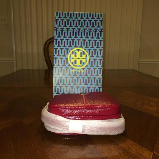 Tory Burch Ivy Micro Patent Leather Cross Body Bag Image 3