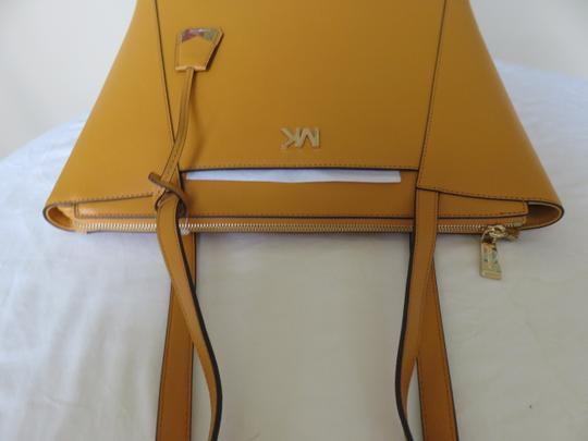 Michael Kors Cross Grain Leather Maddie Gold Hardware Tote in Marigold Image 5
