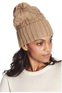 Michael Kors NWT MICHAEL KORS CABLE KNIT CUFF BEANIE HAT CAMEL CAP POM POM 537134C