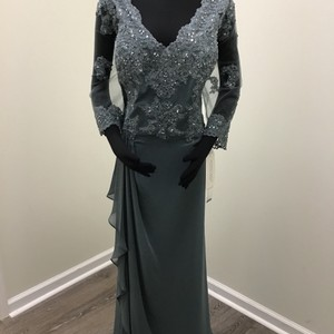 Montage by Mon Cheri Steel Gray Chiffon 216965 Formal Bridesmaid/Mob Dress Size 24 (Plus 2x)