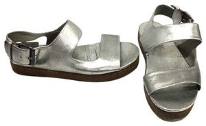 Marsèll Silver Metallic Leather Sandals