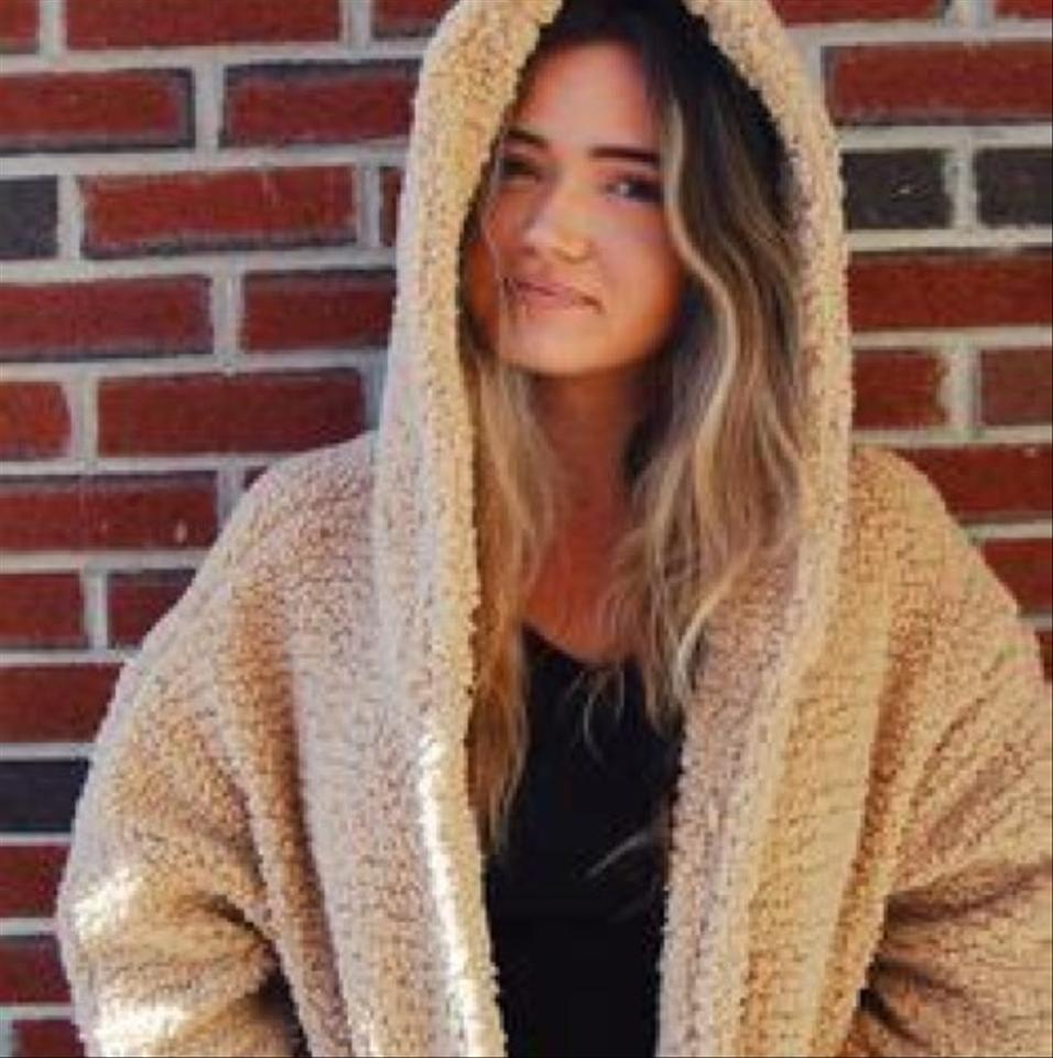 d385c9e882ab Forever 21 Taupe Beige Emma Chamberlain Faux Sherpa Jacket ( Jr ...