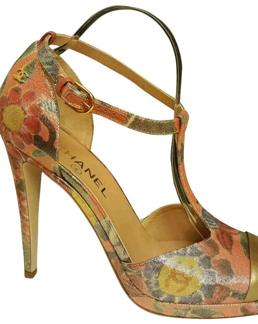 Item - Coral and Gold Pumps Size EU 41 (Approx. US 11) Regular (M, B)