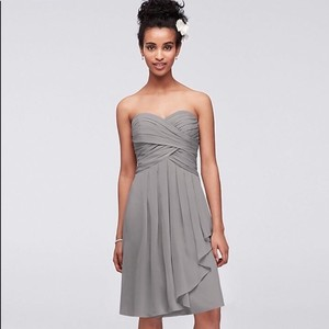 David's Bridal Grey/Mercury Chiffon Short Crinkle Front Cascade In (F14847) Traditional Bridesmaid/Mob Dress Size 8 (M)