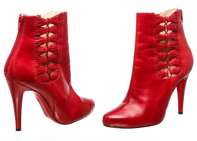 Item - Red Leather Cut-out 39) 486647 Boots/Booties Size EU 39 (Approx. US 9) Regular (M, B)