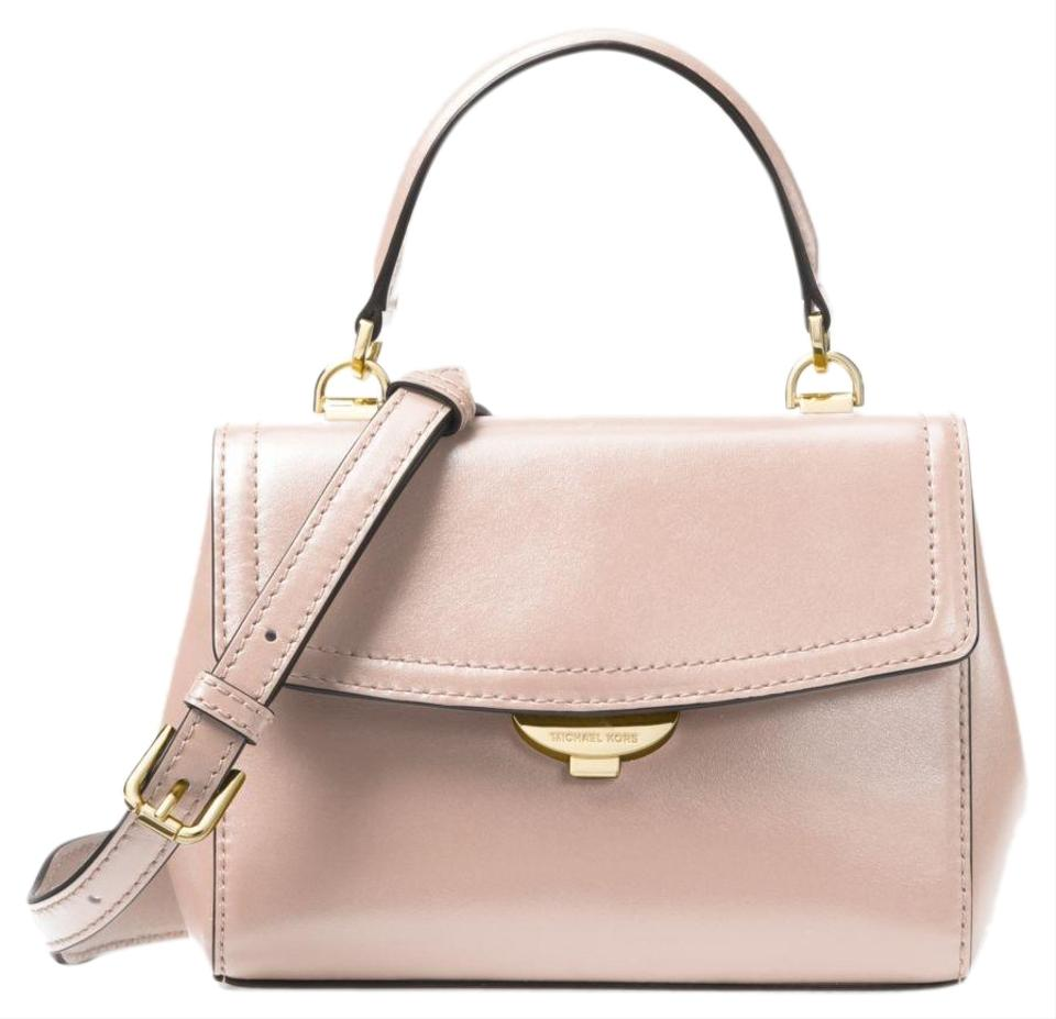 a26ac54e9f Michael Kors Ava Extra-small 32t8gf5m1l Soft Pink Leather Cross Body ...