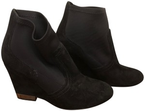 Tory Burch 6m Suede black Boots