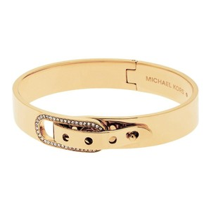 Michael Kors NWT GLITZ PAVE CRYSTAL BUCKLE GOLD TONE OVAL BANGLE MKJ4614710