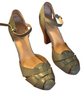 46f43cfa3589 Women s Green Seychelles Shoes - Up to 90% off at Tradesy