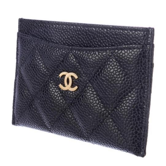 Chanel Classic Cardholder Wallet in Caviar and Gold Hardware Image 1