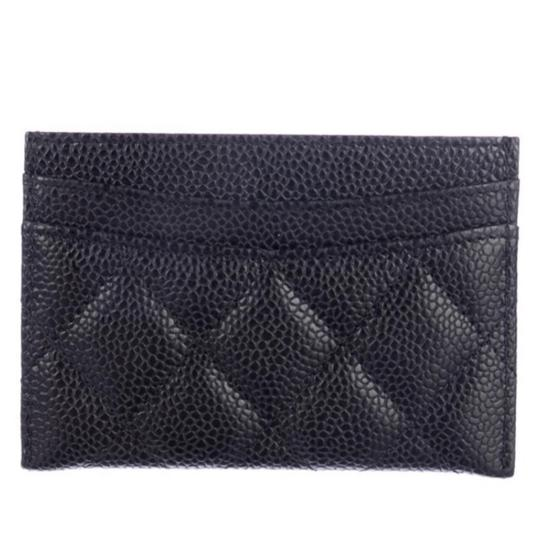 Chanel Classic Cardholder Wallet in Caviar and Gold Hardware Image 2