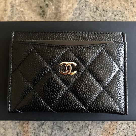 Chanel Classic Cardholder Wallet in Caviar and Gold Hardware Image 4