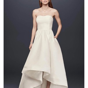 David's Bridal Gown. Never Worn Casual Wedding Dress Size 10 (M)