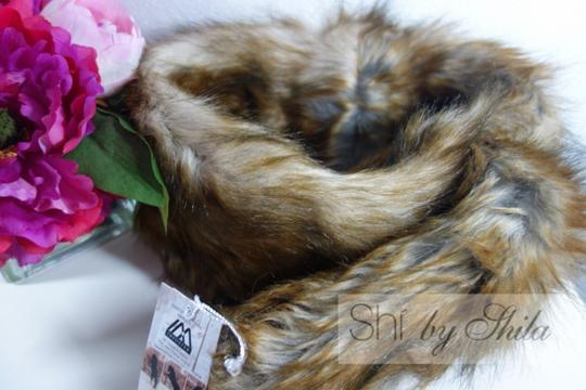 imposter4animals Imposter Animal Friendly Faux Fur Scarf Pull Through Wrap & Pin Image 1