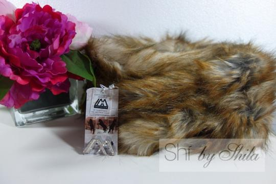 imposter4animals Imposter Animal Friendly Faux Fur Scarf Pull Through Wrap & Pin Image 2