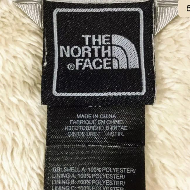 d59a5fa9d The North Face Beige Plush Fleece Activewear Outerwear Size 8 (M)